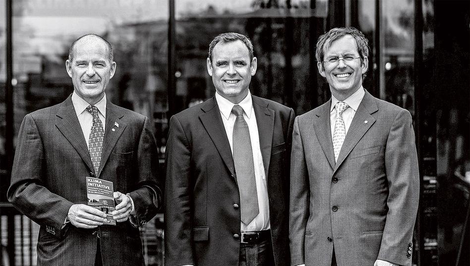Dreigestirn: Ein Foto aus alten Tagen (2009, v. l.: Karl-Erivan, Georg und Christian Haub) – damals hatte der inzwischen verschollene Karl-Erivan das Sagen