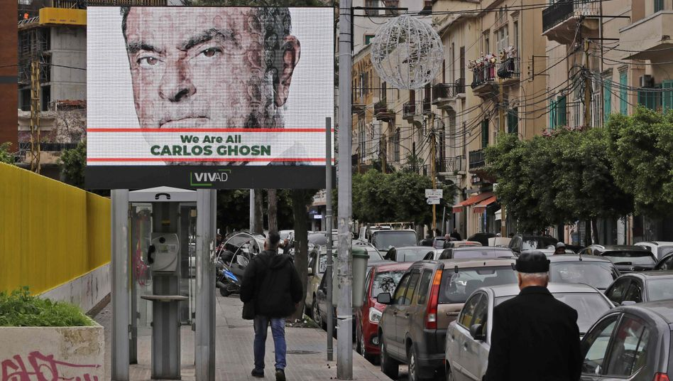 Solidaritätsplakat mit Carlos Ghosn in der libanesischen Hauptstadt Beirut (Archivaufnahme Dezember 2019)