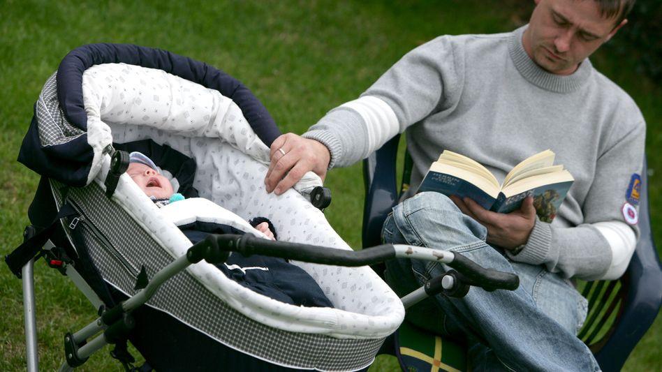 Elternzeit: Entspannung vom Job? Kaum. Aber eben auch nicht der erwartete Karriere-Killer
