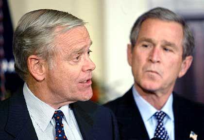 """""""Gesetze unseres Landes energisch durchsetzen"""": William Donaldson (l.) mit US-Präsident Bush"""