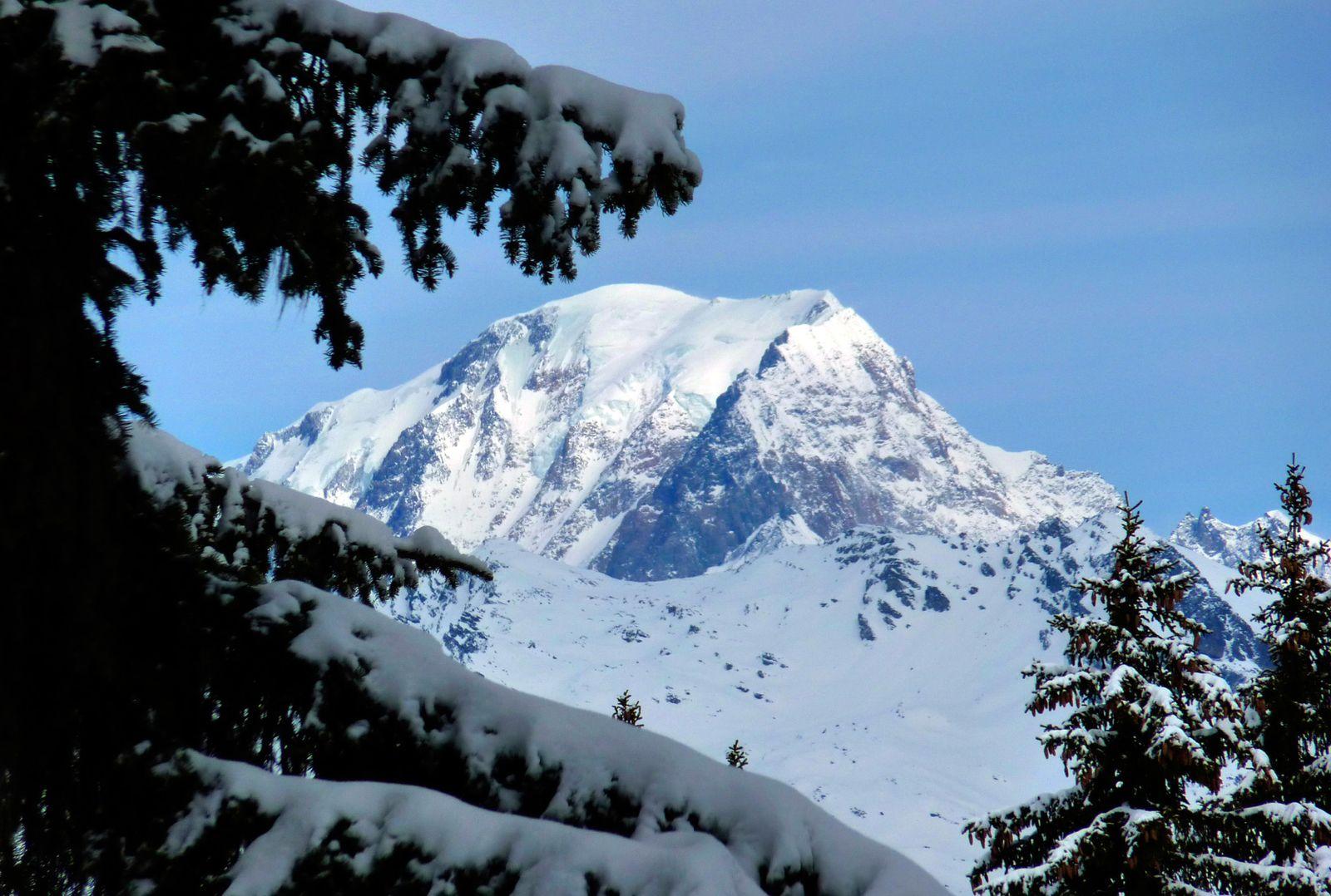 James Bond / Mont-Blanc