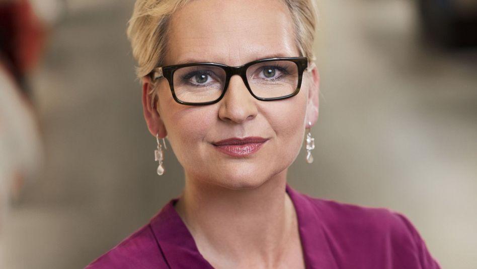 Sie soll es richten: Eva-Lotta Sjöstedt, ehemalige Ikea-Managerin, dreifache Mutter und ab 24. Februar 2014 neue Karstadt-Chefin auf einem Pressefoto des Warenhaus-Konzerns.