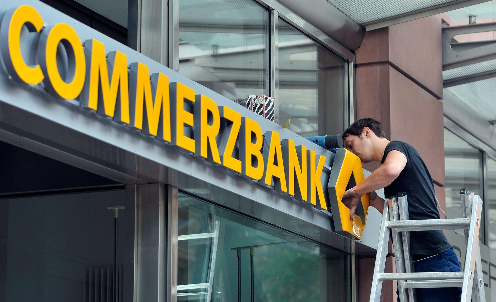 Commerzbank mit neuem Logo