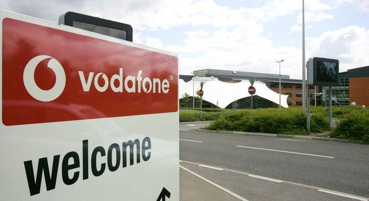Vodafone droht, seine Zentrale aus London ins Ausland zu verlegen