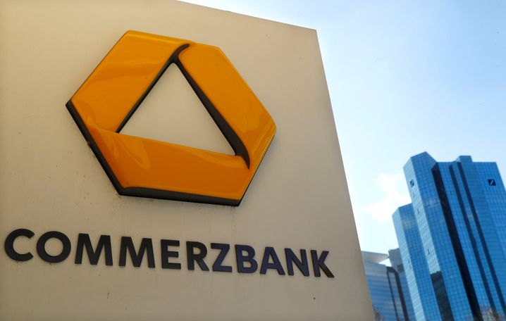 Commerzbank, Deutsche Bank in Frankfurt: Der Kursrutsch geht weiter