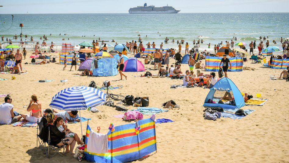 Strandleben 2020: Weniger Nachfrage zwingt die Vermittler zu Einschnitten.