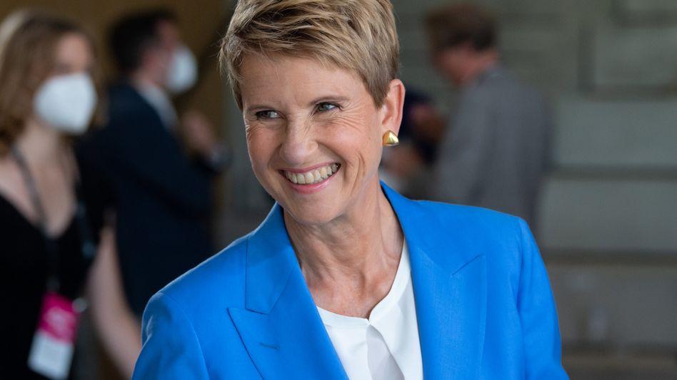 Wenig Grund zur Freude - was das Finanzielle betrifft: BMW-Großaktionärin Susanne Klatten (59) musste beim kräftigen Umsatzrückgang des Autobauers in Coronazeiten tatenlos zusehen