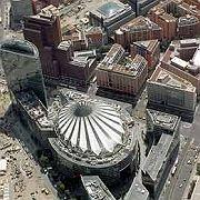 Sony Center: Bald mit koreanischem Eigner?