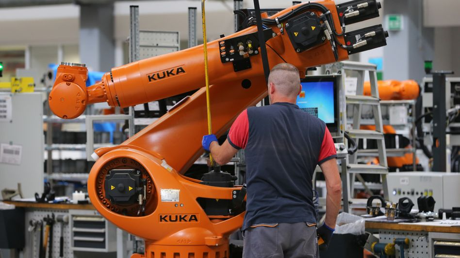 Roboter-Montage am Stammsitz Augsburg