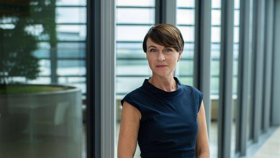 Schenker holt Katharina Rath in den Vorstand