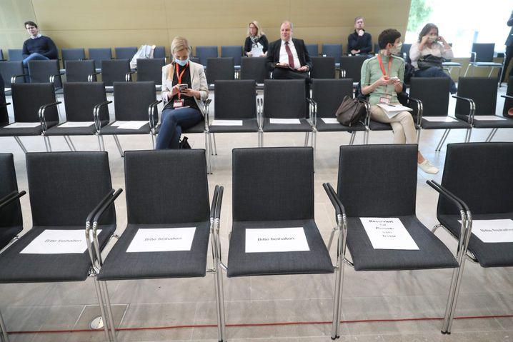 Historisches Urteil in historischen Zeiten: Auch beim VW-Urteil des Bundesgerichtshofs ist wegen der Corona-Pandemie Abstand zu halten