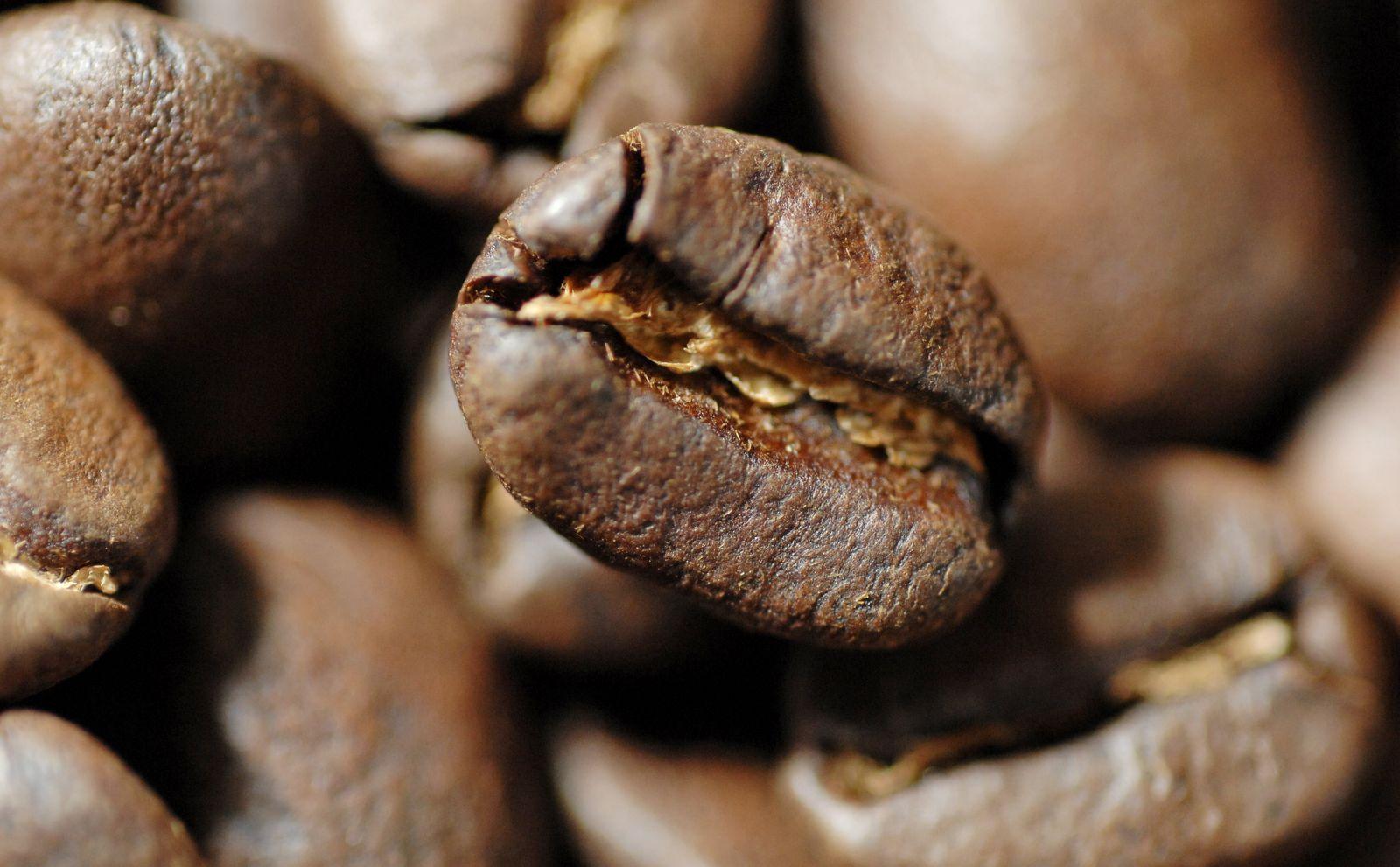 NICHT VERWENDEN Symbolbild Kaffee / Kaffeebohnen / Kaffeerösterei