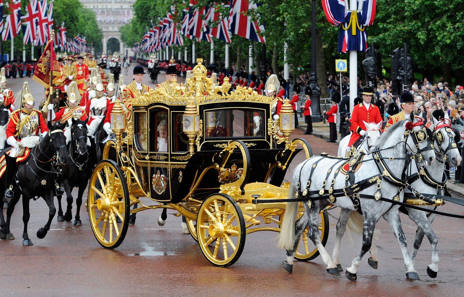 Goldene Kutsche / Königin Queen Elizabeth II