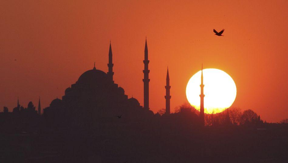 Istanbul: Steigen die Zinsen in den USA, droht die Wirtschafts-Dämmerung
