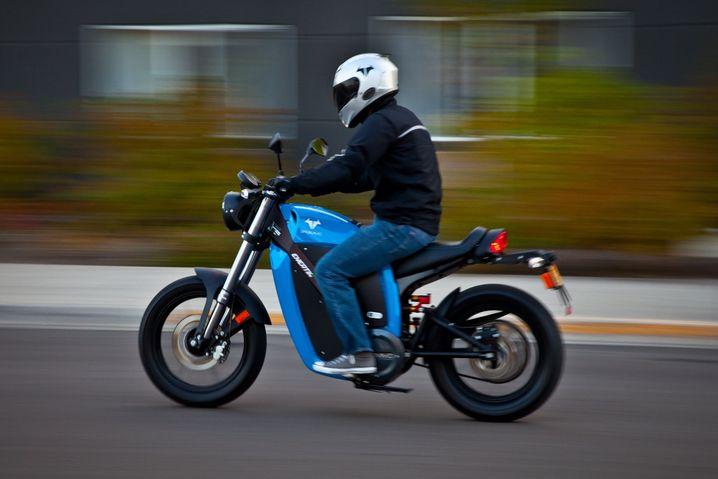 Braucht keinen Auspuff: Die 13 kW/18 PS starke Brammo Enertia fährt rein elektrisch. Je nach Ausführung soll eine Akkuladung für 70 bis 150 Kilometer reichen.