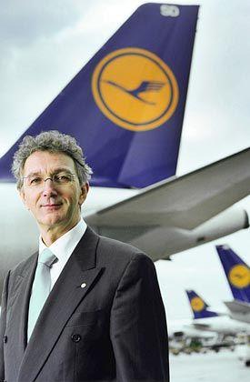 Nichts als Flugreisen: Wolfgang Mayrhuber will weitere Randaktivitäten des Konzerns abstoßen