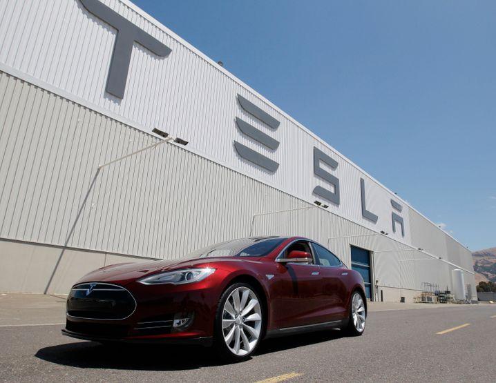Tesla-Fabrik in Kalifornien: Das Model S erlebte 2012 einen Stotter-Start