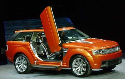 Geländewagenklassiker im Trainingsanzug: Der kantig überdesignte Land Rover Range Stormer soll dem Titan mehr Pfiff verleihen