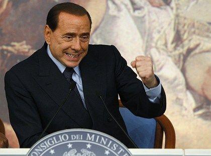 """Regierungs- und andere Geschäfte: Silvio Berlusconi kümmert sich nicht nur um """"Forza Italia"""", sondern auch um seine Holding Fininvest"""