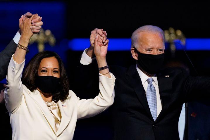 Erster Auftritt als Wahlsieger: Kamala Harris und Joe Biden am Samstag