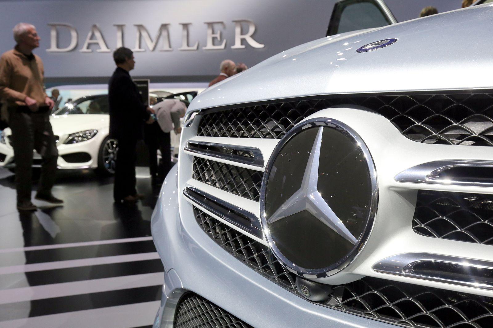 Daimler / Diesel / Motorhaube