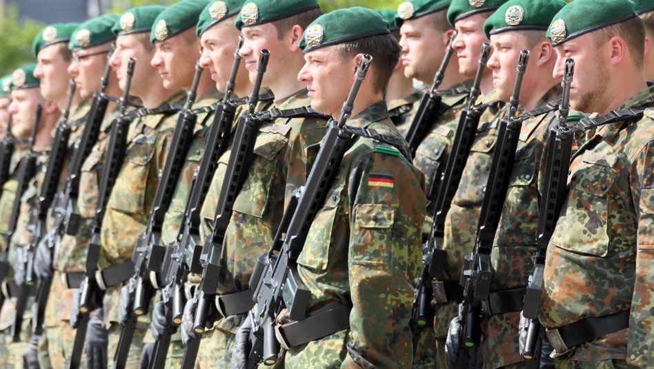 Bundeswehr: Mit der Armeereform wird zum 1. Juli der Zwangsdienst für Männer ausgesetzt