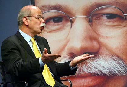 Verärgert: DaimlerChrysler-Chef Zetsche sieht Persönlichkeitsrechte verletzt