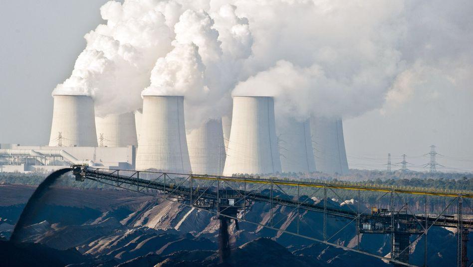 Braunkkohle-Tagebau in der Nähe von Cottbus: Deutschland konnte seinen CO2-Ausstoß im vergangenen Jahr leicht verringern