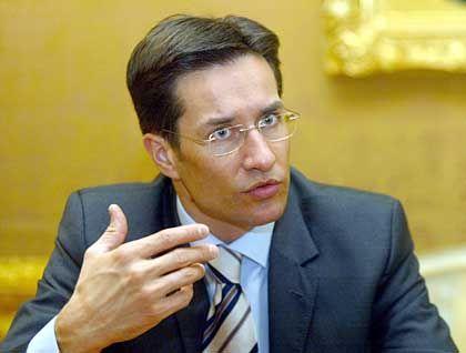"""Finanzminister Grasser: """"Deutliche Gefahrenmomente"""""""