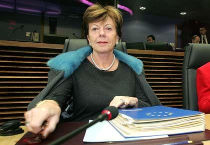 Microsoft droht ein Zwangsgeld in Höhe von 5 Prozent des täglichen Weltumsatzes: EU-Wettbewerbskommissarin Neelie Kroes setzt Microsoft eine einwöchige Frist