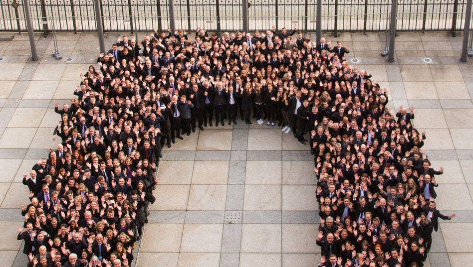 """Beschäftigte des Bundesfinanzministerium bilden eine """"schwarze Null"""""""
