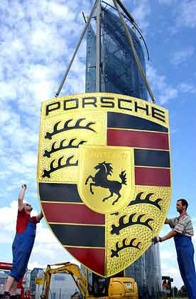 Leipzig von der Vereinbarung ausgenommen: Porsche-Logo für die neue Fabrik