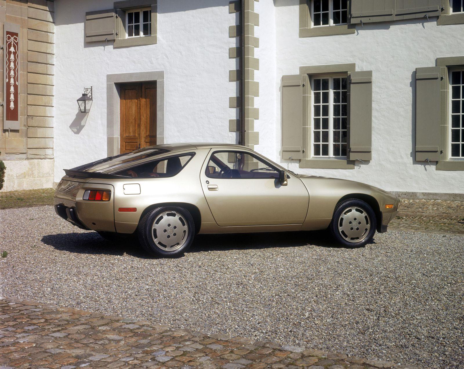 IAA / 1983 / Porsche 928 S