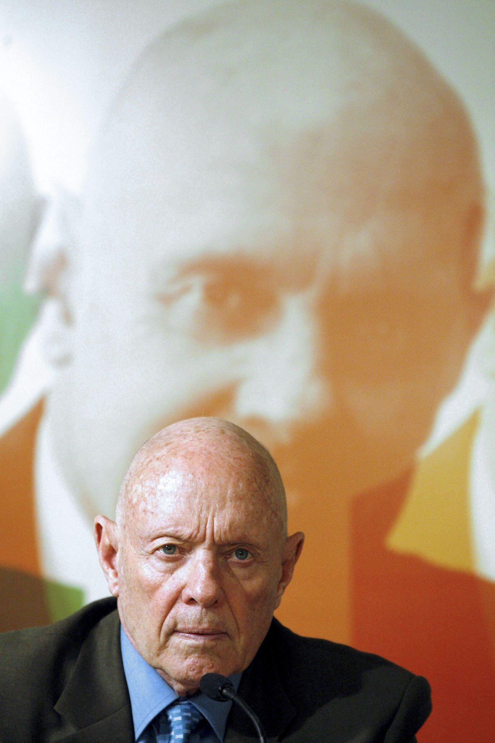 US leadership expert and writer Stephen R. Covey dies