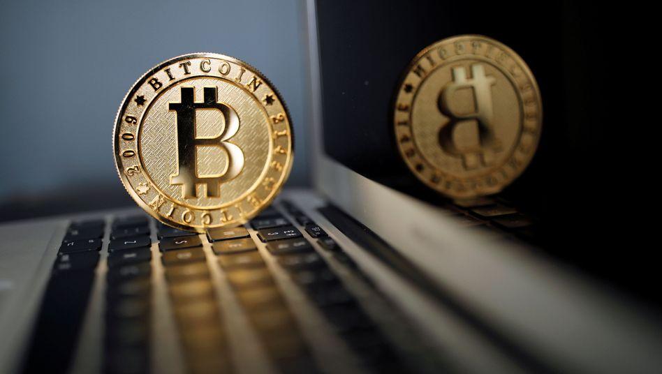 Bitcoin: Kurssturz um 40 Prozent binnen drei Wochen