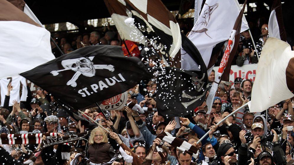Schalke, St. Pauli und Co.: Diese Vereine pumpten bereits ihre Fans an