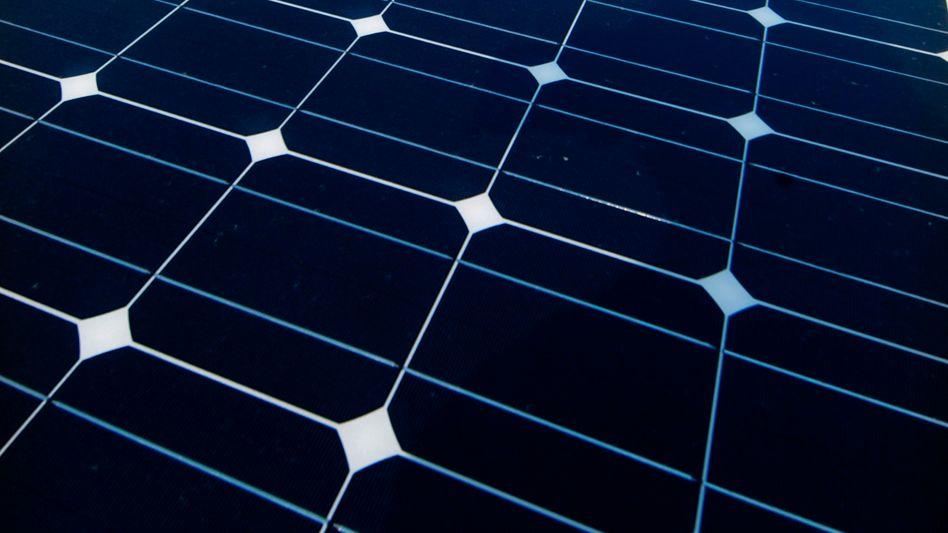 Modul eines Solarkraftwerks: Glas aus China mit vorläufigen Strafzöllen belegt
