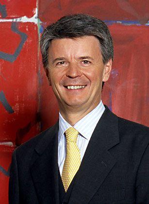 Bernhard Fink: Der 52-jährige Jurist begann seine Karriere 1977 beim Gerling-Konzern. 1996 wechselte er als Vorstandschef zum Rückversicherer Frankona, einer Tochter des US-Konzerns General Electric. Seit 1999 ist Fink Deutschland-Chef von General Electric.