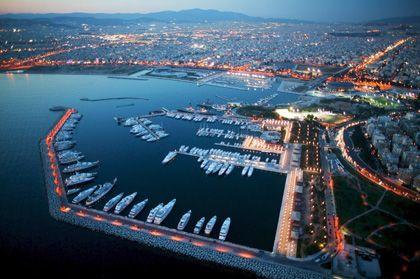 Athener Jachthafen: Der offensichtliche Reichtum steht in Kontrast zu den offiziellen Steuererklärungen - demnach gibt es kaum Millionäre im Land
