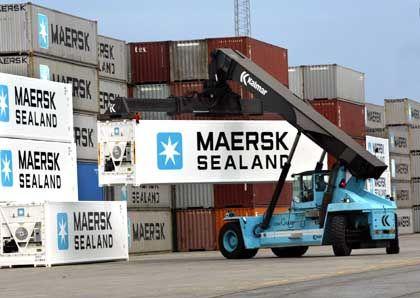 Erfolg mit Inhalten: Verladen von Moeller-Maersk-Containern in Aarhus