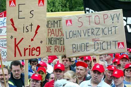 """Protest bei DaimlerChrysler in Sindelfingen: """"Es kotzt mich an"""""""