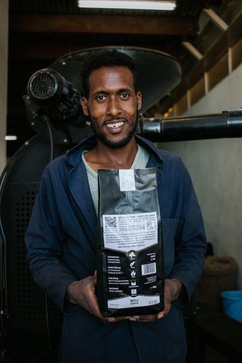 Transparenz und Details: Über den QR-Code auf der Verpackung stellt Solino auch die Beteiligten vor