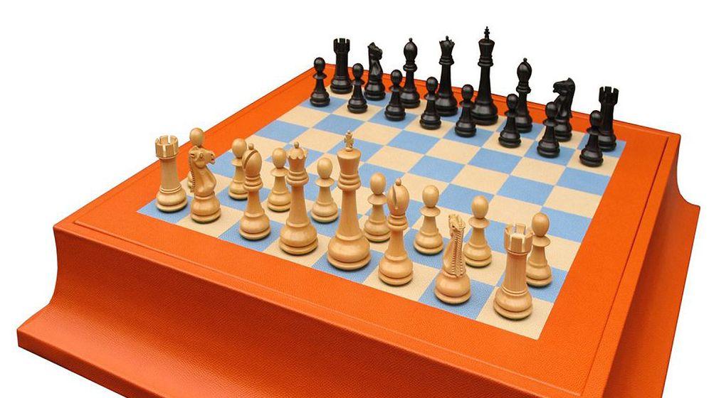 Eröffnung: Neben dem Spassky-Fisher-Set baut Geoffrey Parker die hochwertigsten handgemachten Schachspiele der Welt, wie das Staunton Chess Set, ab 2740 Euro