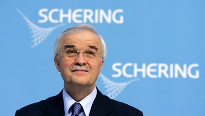 Lehnt Merck-Angebot ab: Schering-Chef Erlen