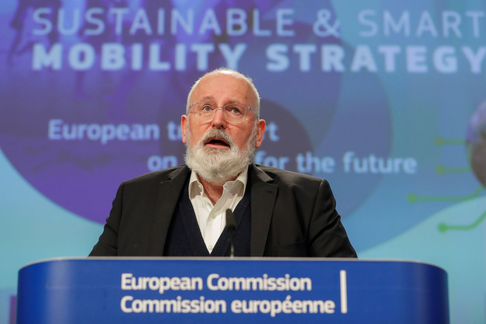News conference presenting the bloc's strategy for sustainable and smart mobility in Brussels