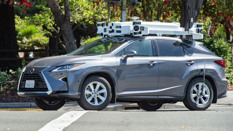 Nicht schön, aber selten: Roboterauto von Apple in Santa Clara, Kalifornien