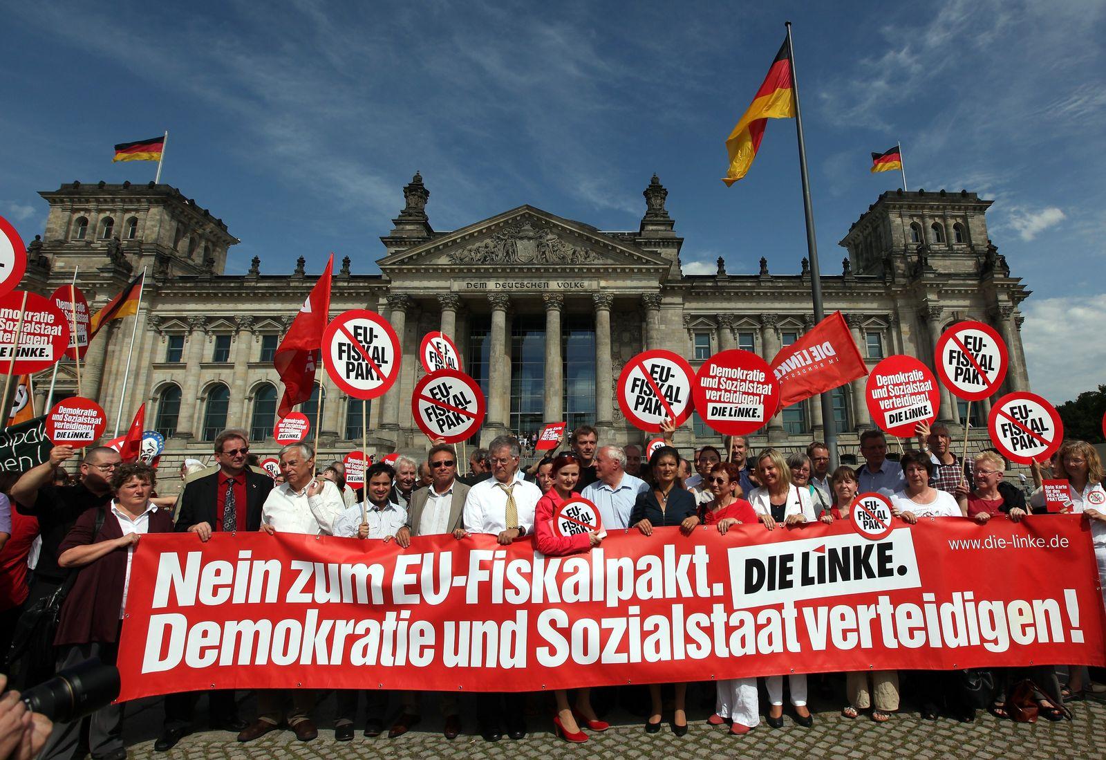 Fiskalpakt/ Protest/ Berlin/ XXL