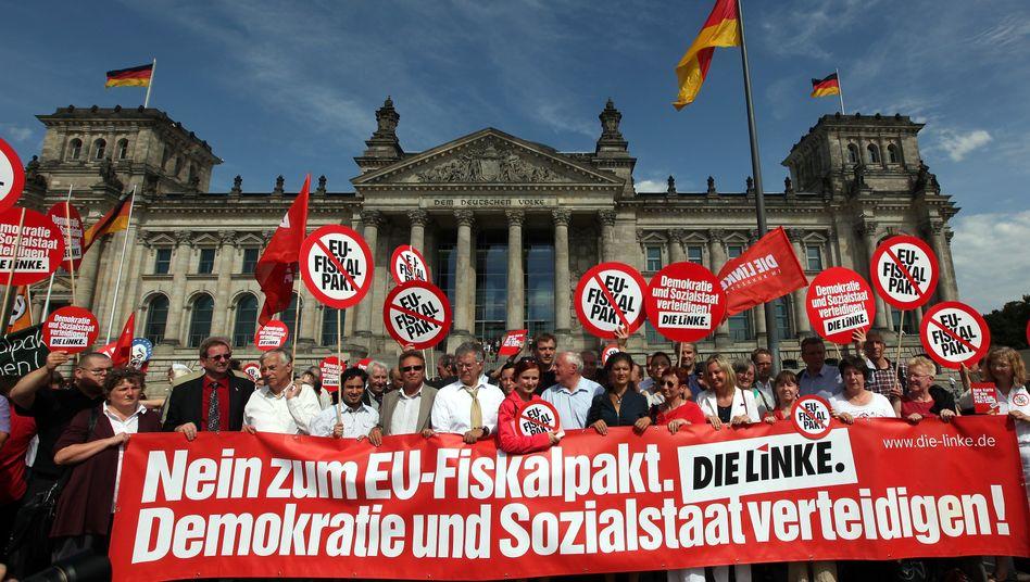 Protest vor dem Bundestag: Sprechen Sie mit Ihrem Abgeordneten