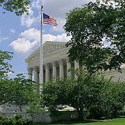 Fünf zu vier Stimmen: Bundesstaaten haben laut dem Supreme Court das Recht, die Umsetzung ihrer Antidiskriminierungsgesetze bei den Banken zu überprüfen