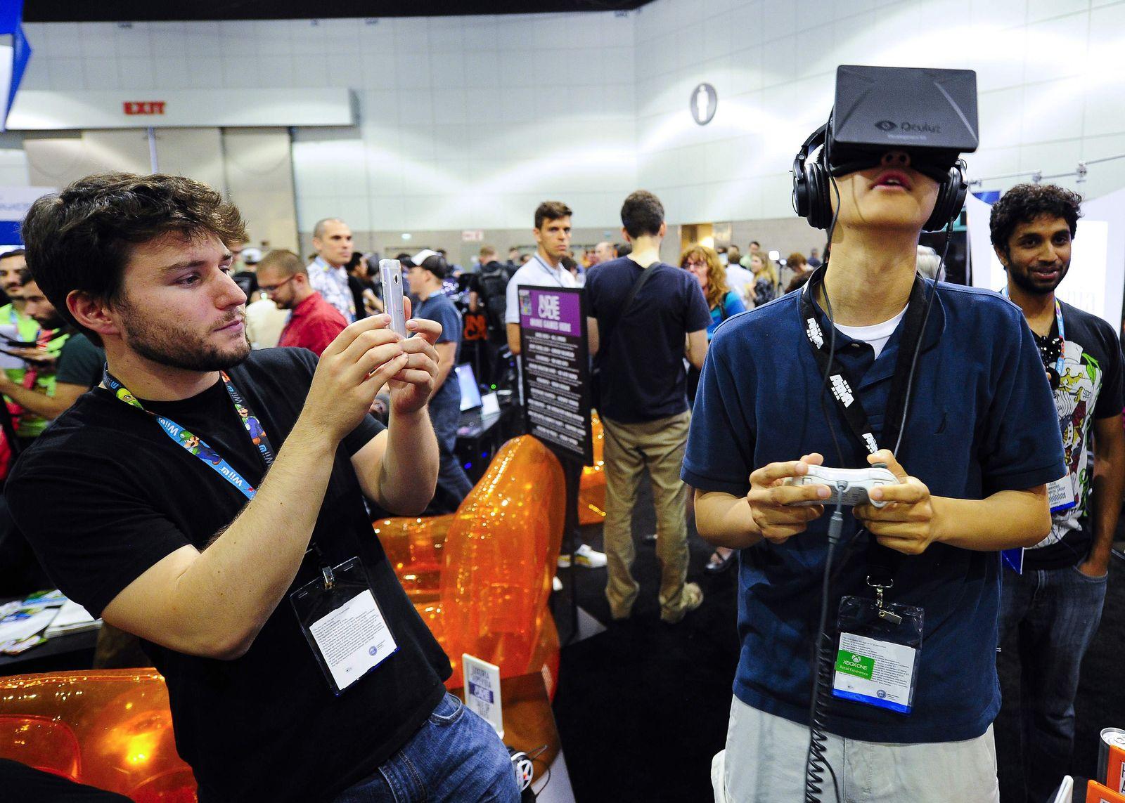 Oculus / FACEBOOK-ACQUISITION